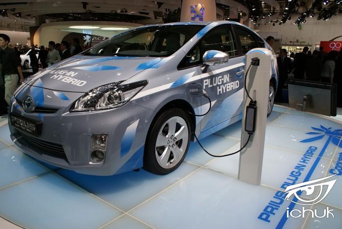 1600px-Toyota_Prius_Plug-In_Hybrid_IAA_2009.jpg