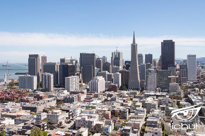 800px-San_Francisco_skyline_from_Coit_Tower.jpg