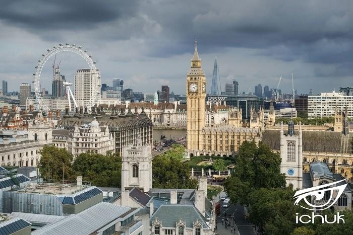 Palace_of_Westminster_from_the_dome_on_Methodist_Central_Hall.jpg