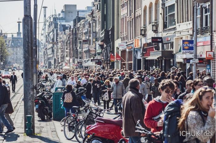 People-Netherlands-Amsterdam-City-Road-Crowd-Mass-3736145.jpg