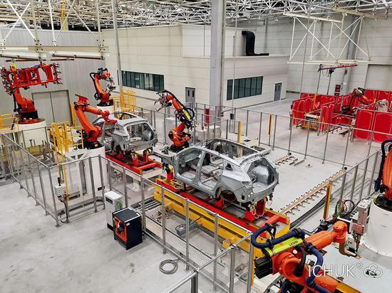 2020年6月,赛麟厂区没有工人,生产线处于停滞状态。摄影/江舟